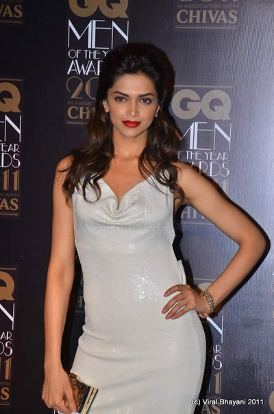 Deepika Padukone at GQ Award - Photo Gallery: Deepika Padukone at GQ Men of the Year 2011 Awards | PLANET BOLLYWOOD - By Diptesh Thakore8482;
