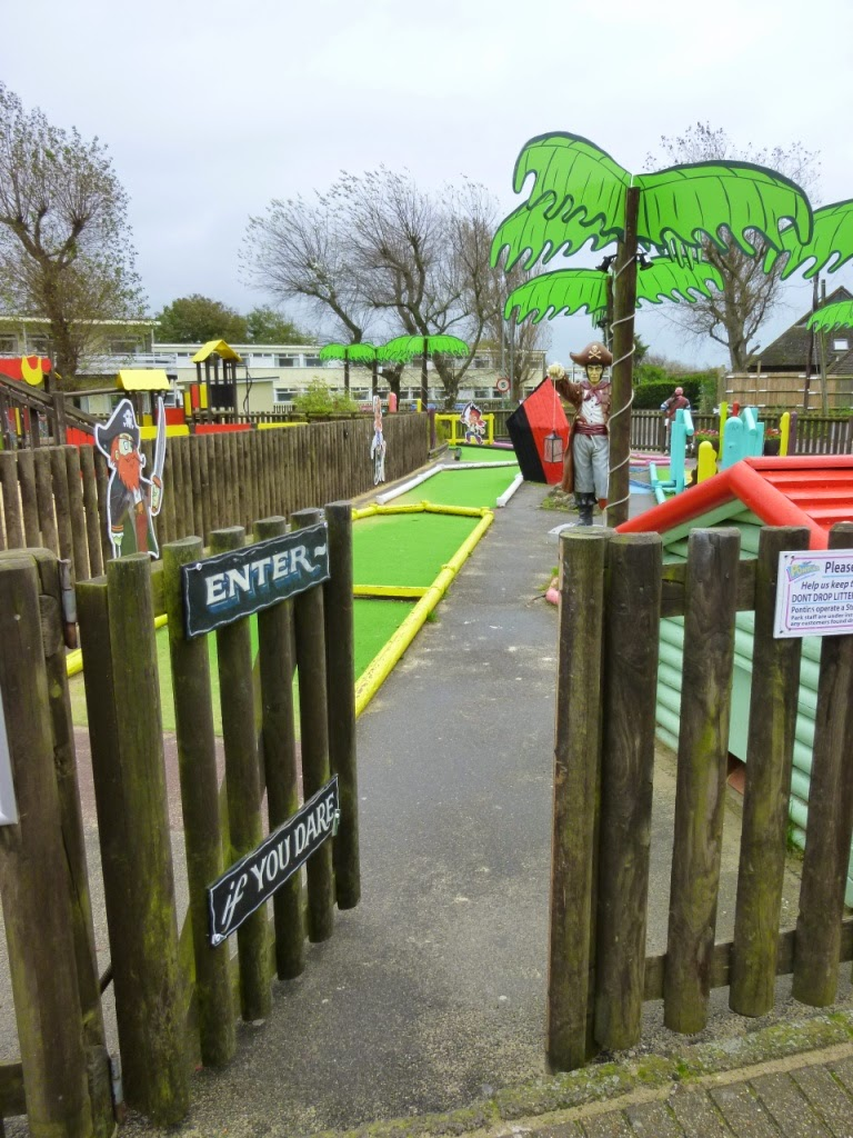 Mini Golf at Pontins Camber Sands