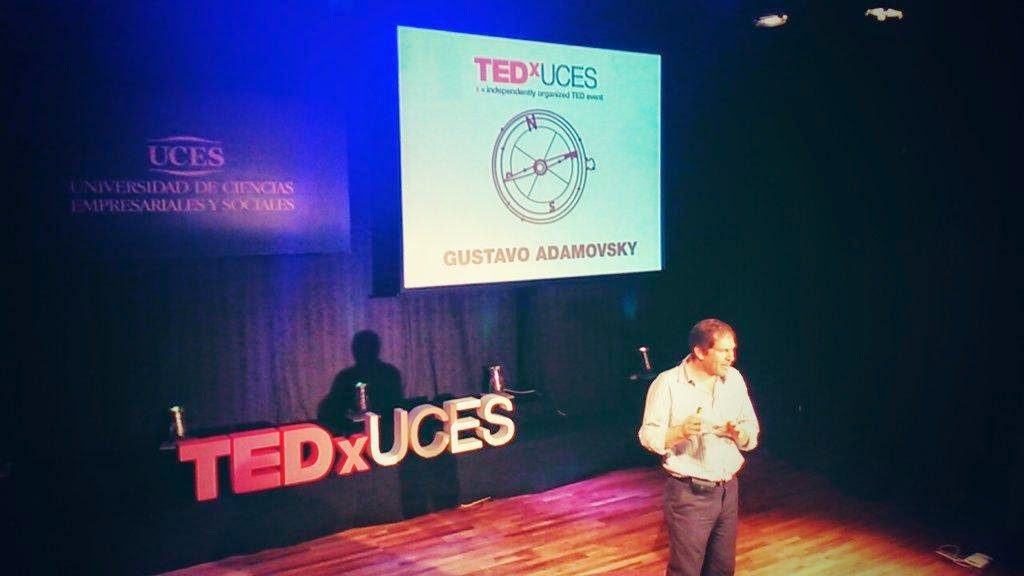 Adamovsky TED TEDx charla personal branding
