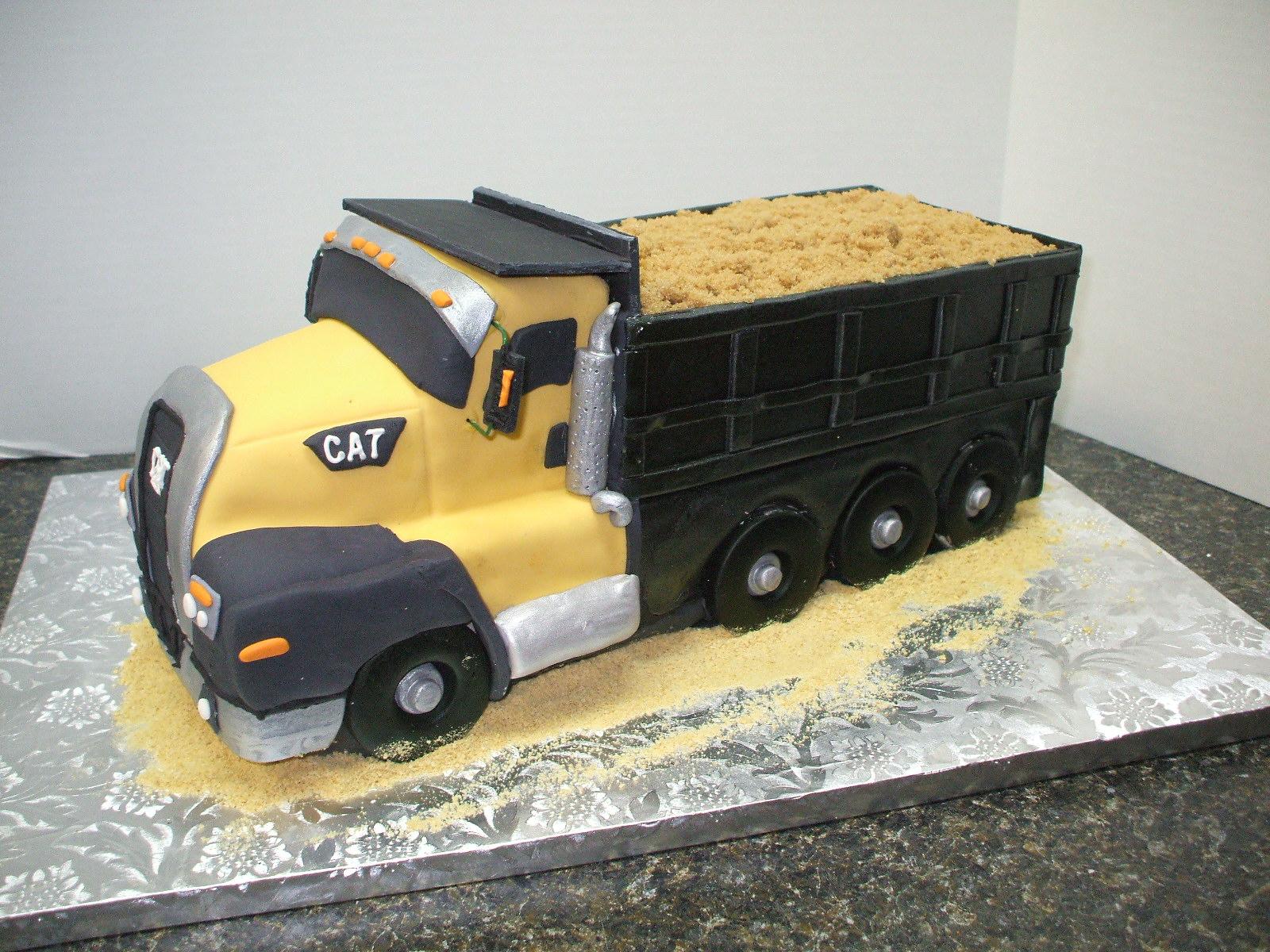 Cake Designs Truck : That s a Cake?: Cat Dump Truck CT660