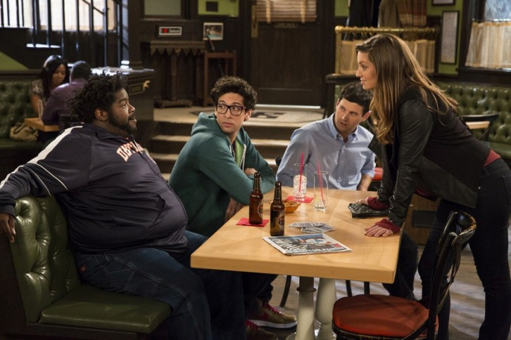 Undateable - Episode 1.08 - The Julius Effect - Promotional Photos