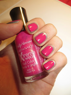 Barry M Silver Foil and Sally Hansen Twisted Pink manicure