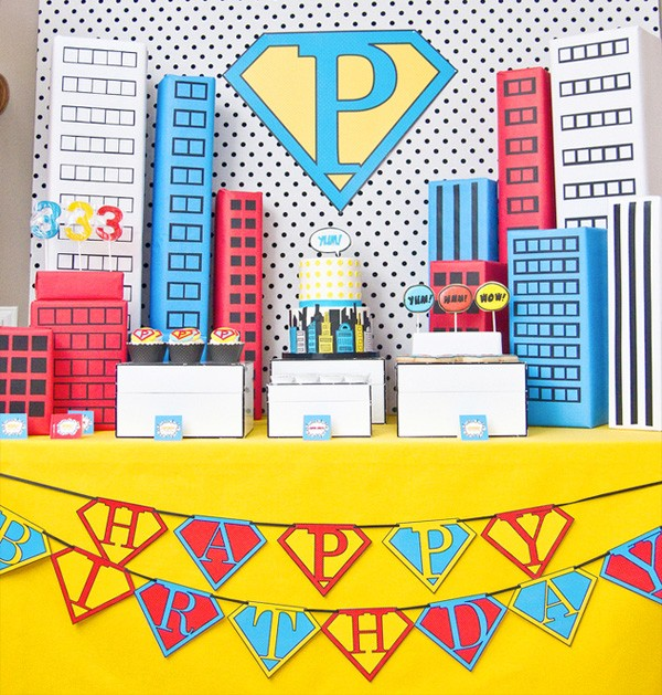 Kara's Party Ideas Vintage Comic Super Hero Pop Art Party