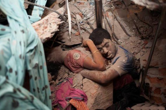 Fábrica en Bangladesh se derrumba, Tragedia