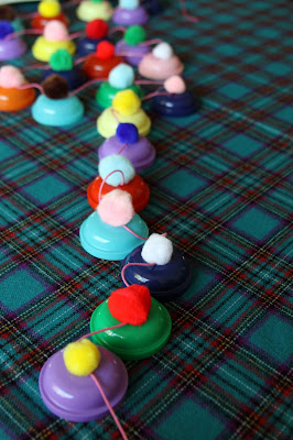 Christmas crafts snowmen advent garland make handmade for Tiny top hats for crafts
