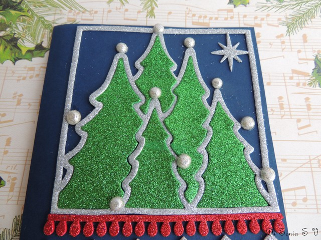 Cards crafts kids projects glitter foam card for Foam sheet christmas crafts