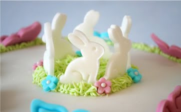 Fondant bunny and butterflies by Torie Jayne