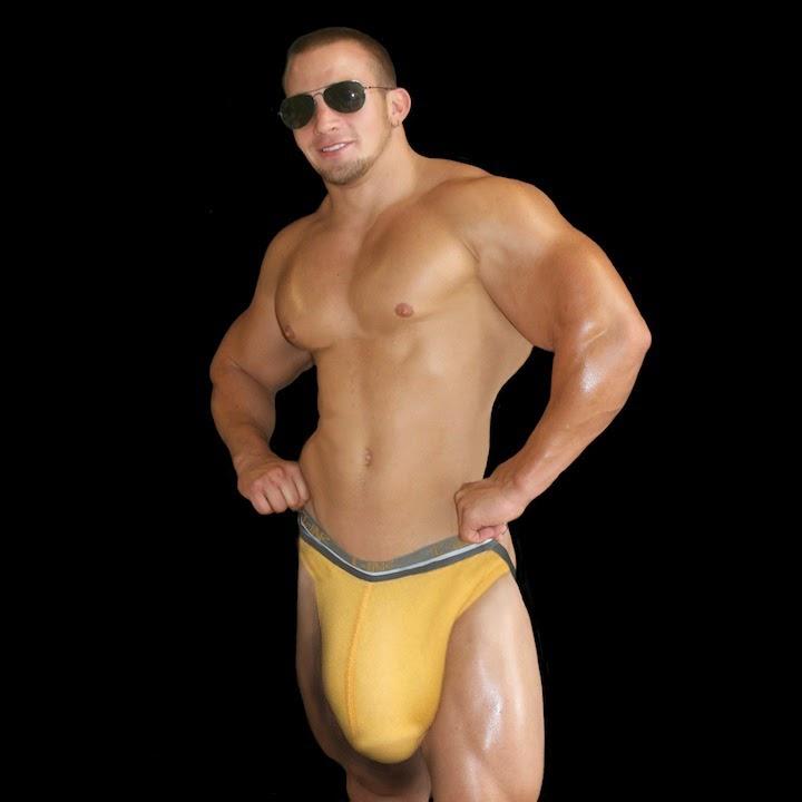 Super Huge Dick 112