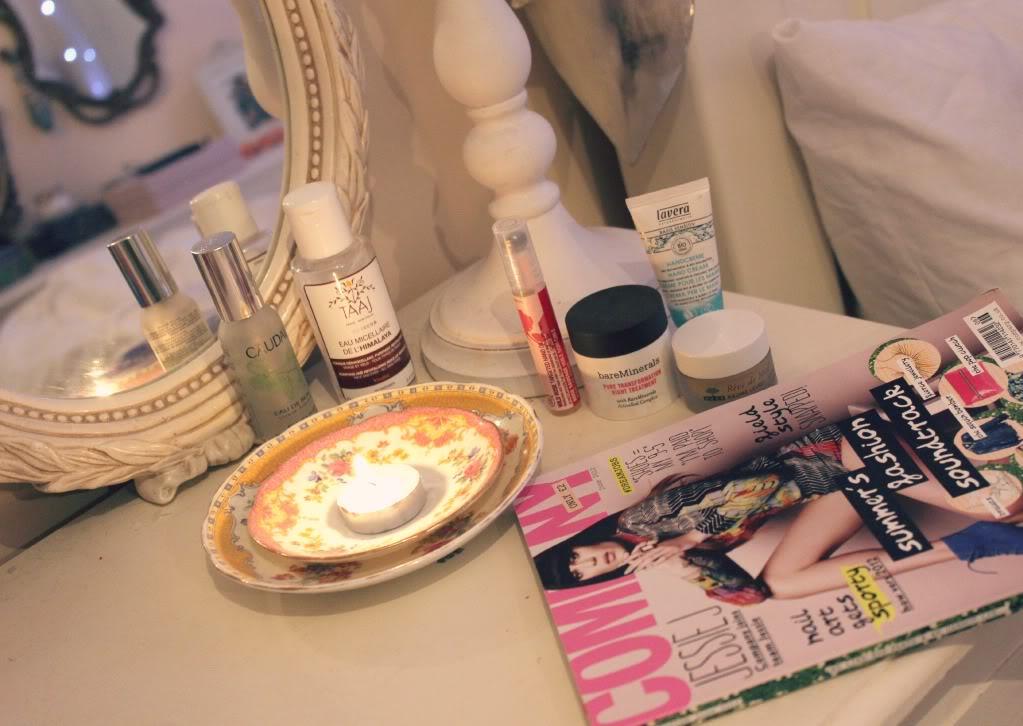 Fashion sin city bedside beauty for Zoella beauty table