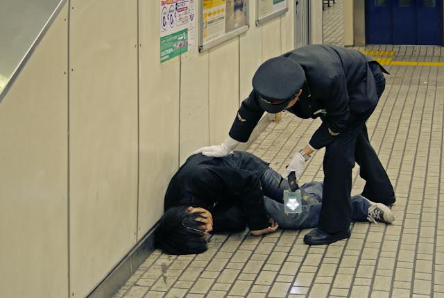 Los efectos del alcohol en la noche japonesa
