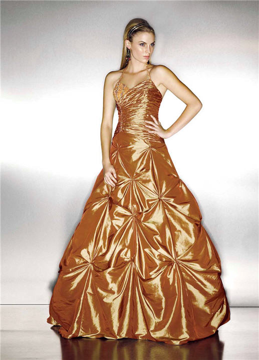 Evening dresses in gold color