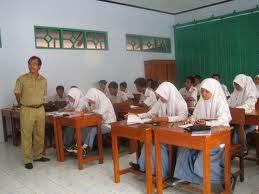 Persaingan dan Peluang Masuk Sekolah Kawasan di Surabaya Sulit Diprediksi
