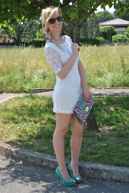 abito in pizzo bianco outfit bianco come abbinare il bianco mariafelicia magno fashion blogger colorblock by felym outfit maggio 2015 outfit estivi summer outfit girls blonde hair blonde girls white lace dress
