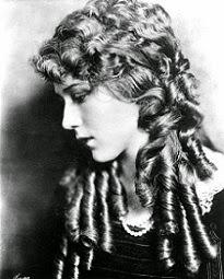 Mary Pickford y sus tirabuzones, me parece preciosa