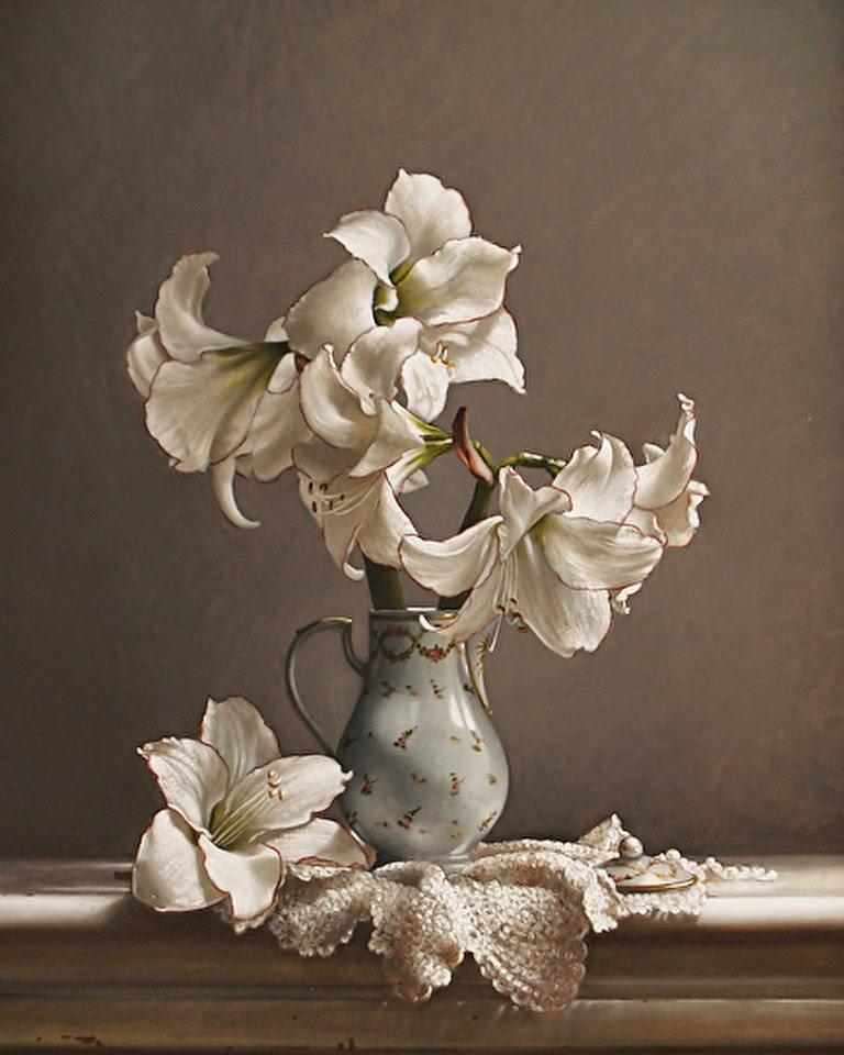 jarrones-de-cristal-con-flores-naturales