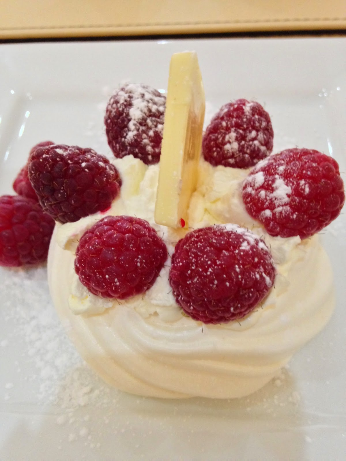raspberry and white chocolate meringue