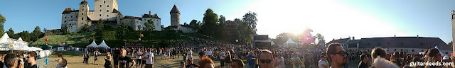 Burg Clam Slash Panorama Woodstock Feeling