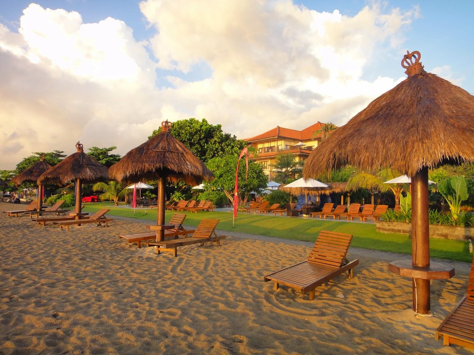 Sunrise Tanjong Benoa Beach Bali Island