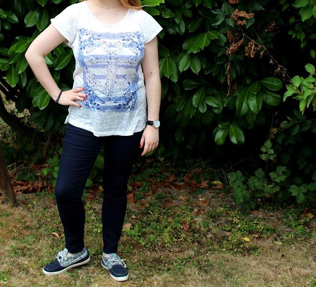 Haut Etam Jean bleu marine taille haute H&M