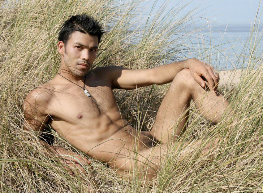 The Sexy nude indian men