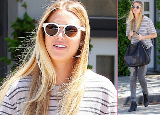Whitney Port Touches Up Blonde Locks at Neil George Salon » Gossip | Whitney Port