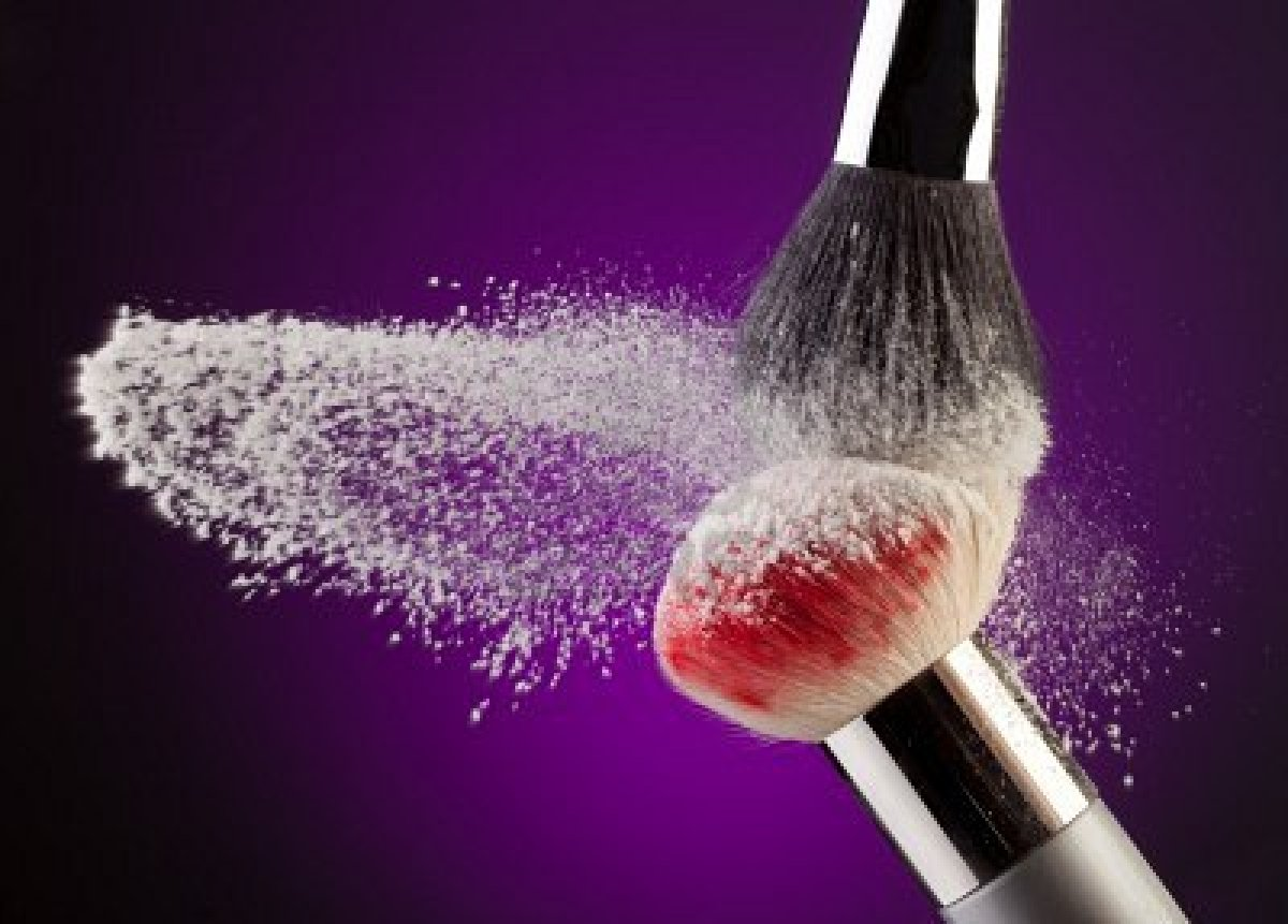 Mariya Rai             HOW TO WASH YOUR MAKEUP BRUSHES
