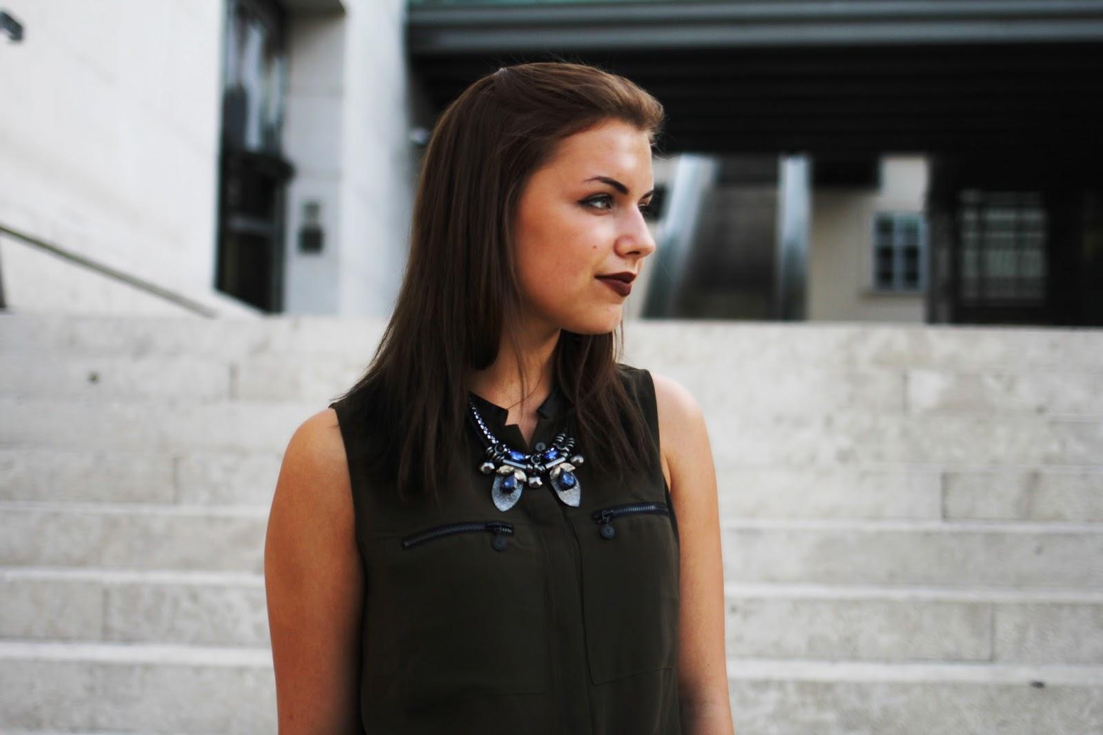 dark lips fashion log style mq vienna