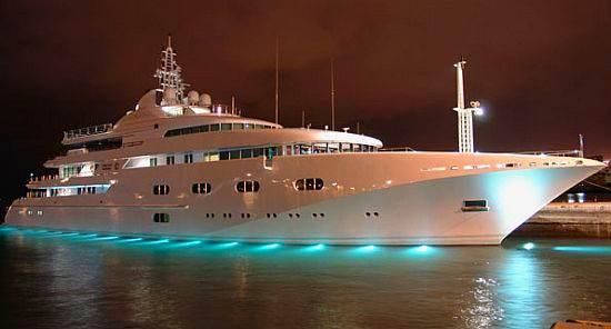 La evoluci n del transporte embarcaciones modernas for Yates de lujo segunda mano