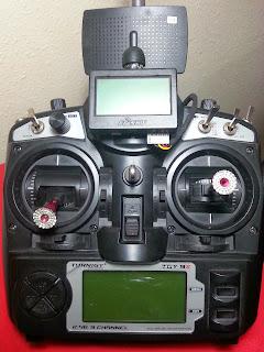 Emisora TGY9X con pantalla FLD02