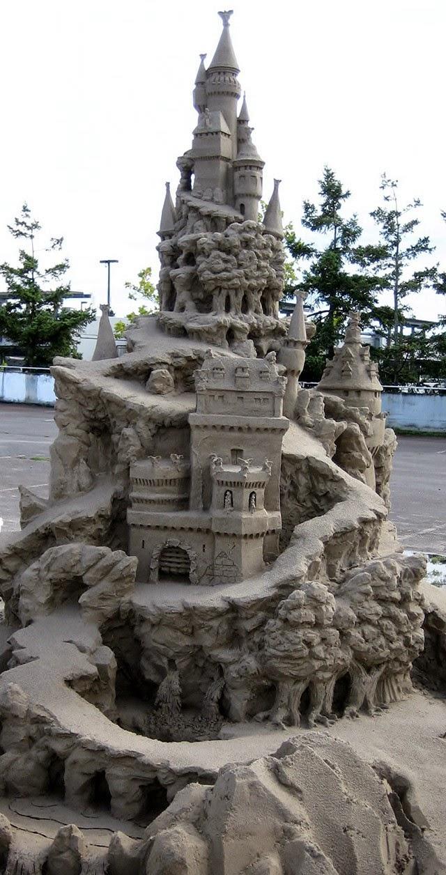 РПотрясающие замки из песка. Фото