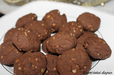 RESEPI BISKUT CHOCOLATE CHIPS FAMOUS AMOS (HOME MADE)