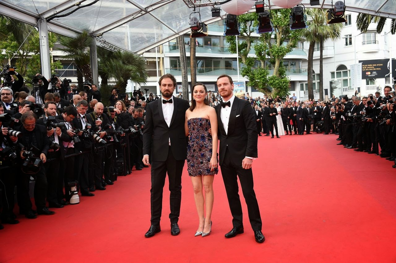 Marion Cotillard dazzles in a strapless mini dress at the 2015 Cannes Film Festival 'Macbeth' premiere