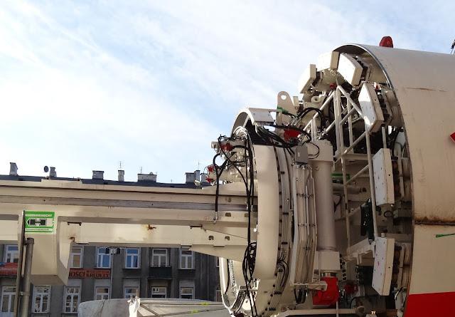 TBM drążą tunele II linii metra warszawskiego