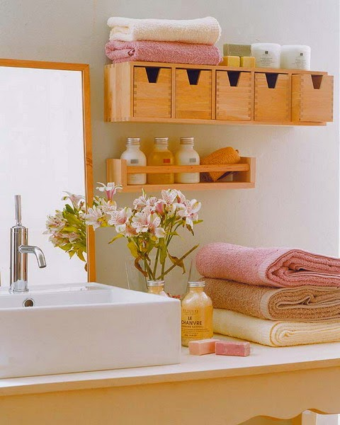 31 creative storage ideas for a small bathroom diy craft for Tiny toilet ideas
