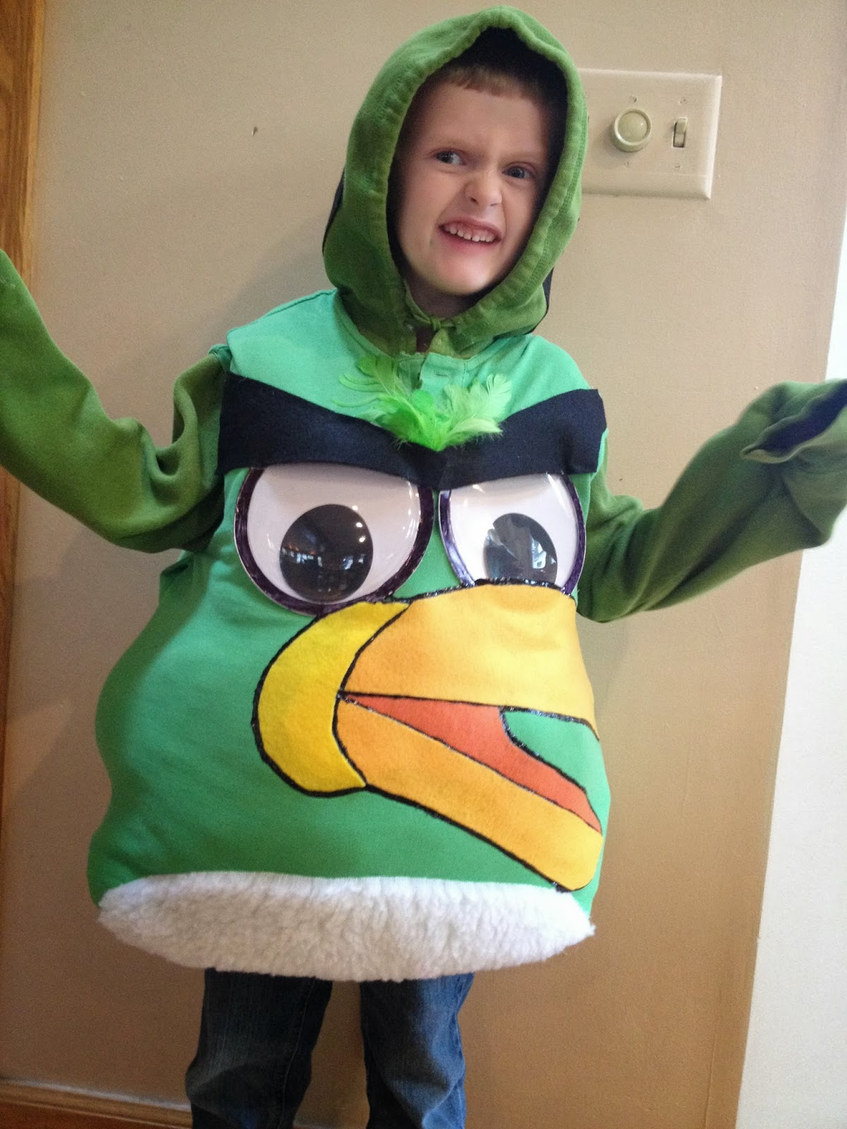 ID Mommy: ID Mommy Projects: DIY Angry Bird Halloween Costume