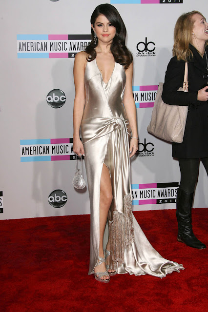 Selena Gomez American Music Awards 2011