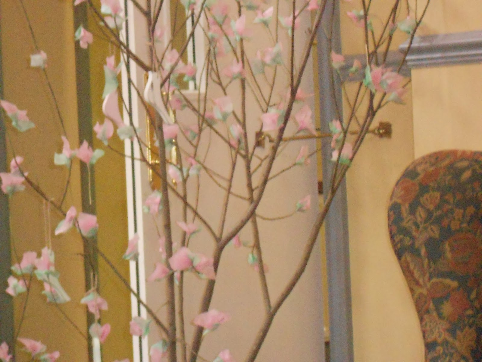 diy cherry blosssom tree, tissue blossoms