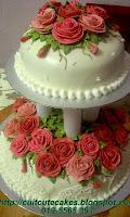 2 tiers wedding cake