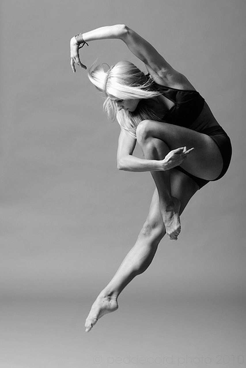 The nicest pictures dancer for Modern black and white photography