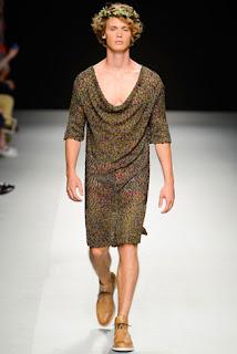 Dicas e Modelos de Vestidos para Homens