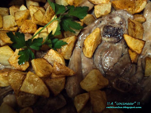 Chuletas o solomillo de pavo al ajillo