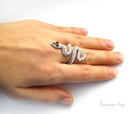 Кольцо-змея.