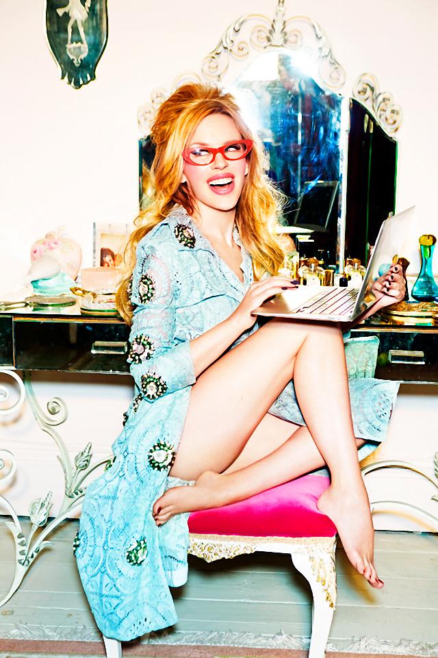 Kylie Minogue en portada de la revista Stylist marzo 2014
