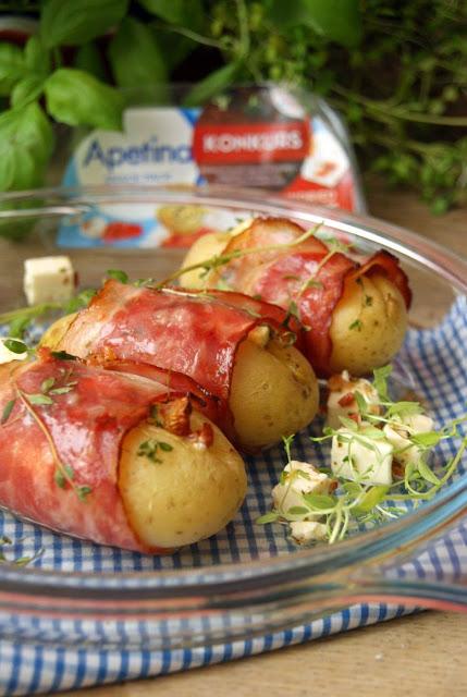 ziemniaki pieczone, najlepsze ziemniaki, ziemniaki w boczku, szybka przystawka, kozi ser z boczkiem, boczek, ziemniaki, kozi ser, feta, ekspresowy obiad, obiad w 30 minut, szybki obiad, zawsze wychodzi
