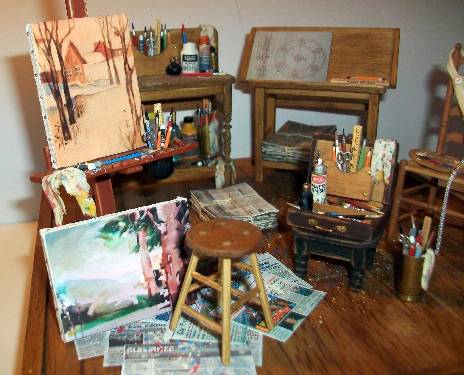Table Top Art Studio Display