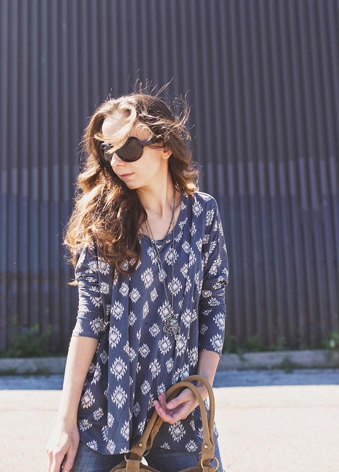 Aztec-shirt-jeans-fringe-boho-chic