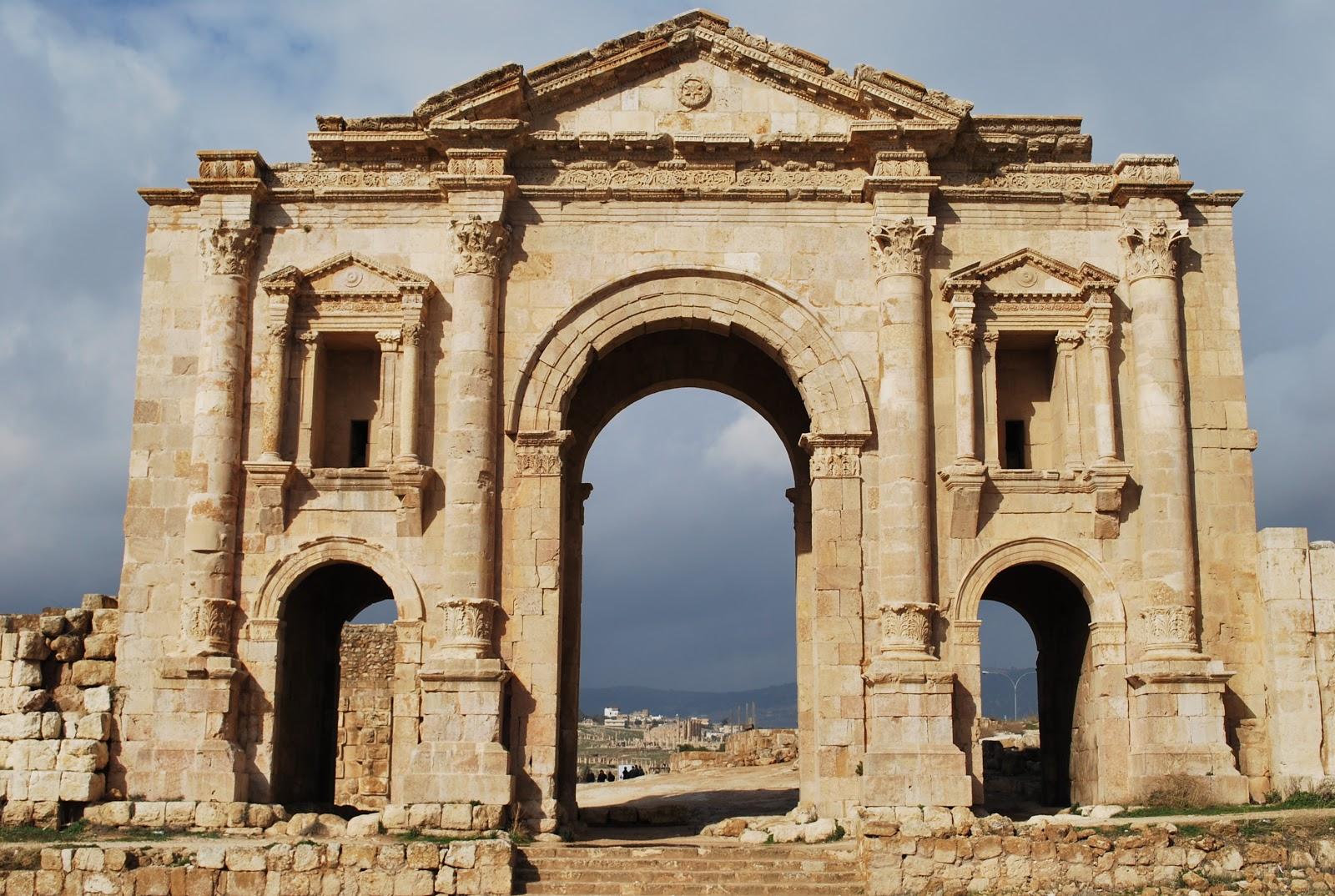 socalgalopenwallet: Hadrians arch, Jerash