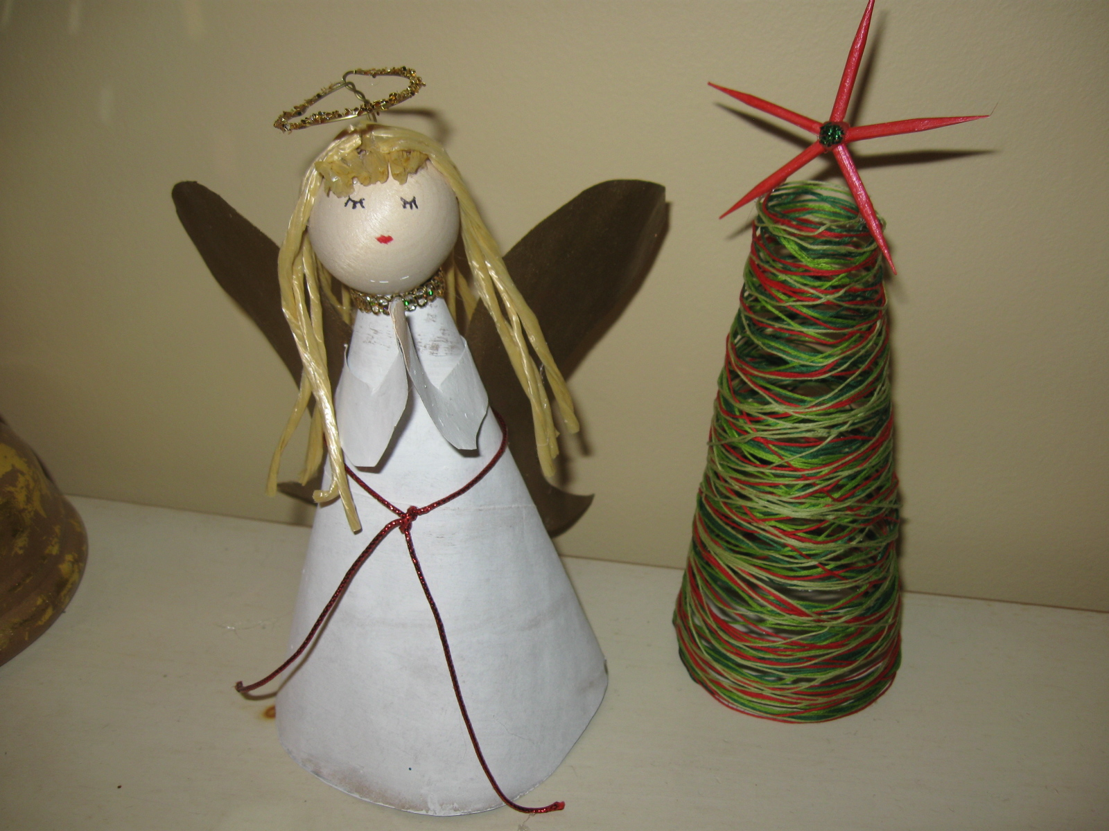 Craft klatch angel christmas tree topper recycled materials for Christmas crafts from recycled materials
