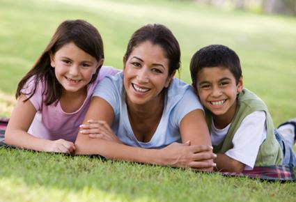 خمسة أمور تعلّمينها لأولادك في العيد - اطفال وامهم ام - mom and kids mother