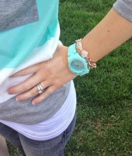 pastel spring outfit colors bow purse bow bracelet rose gold